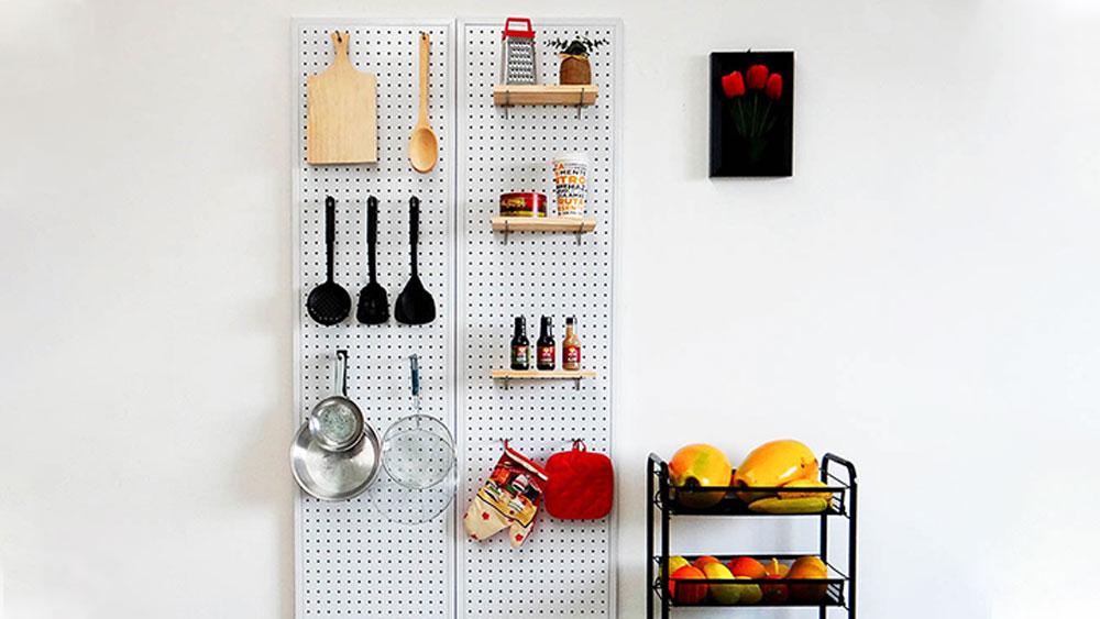 Estantería a la pared y organizador de cocina